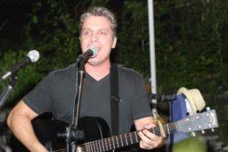 Joe Tizzio Singer/Songwriter